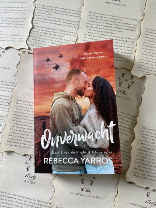 Recensie: Onbereikbaar – Rebecca Yarros